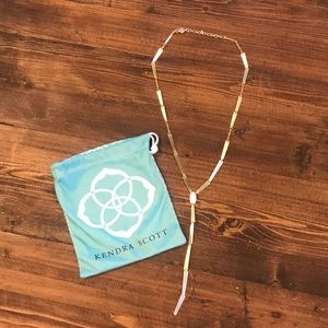 Gold Kendra Scott necklace never worn